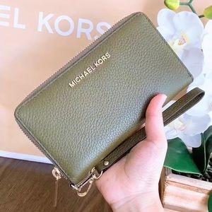 Michael Kors LG Flat Phone Case Wrislet